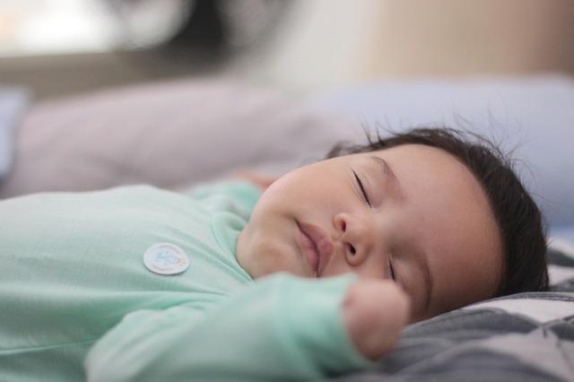 Sovende barn. Ingen natteskræk. Kranio-sakral terapi ved Anja Opstrup