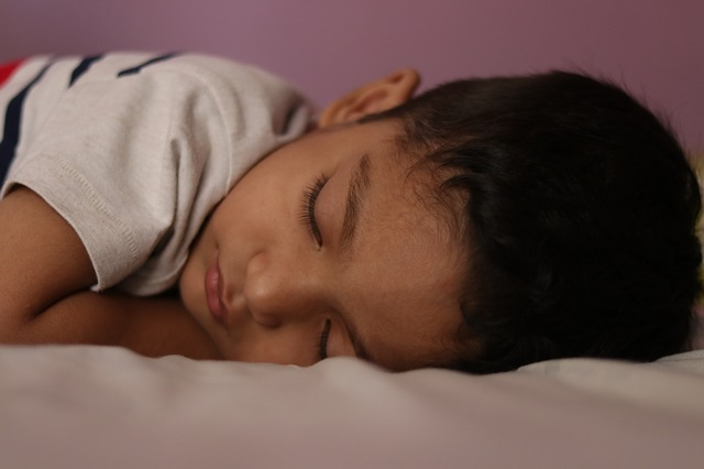 sovende barn. Ingen natteskræk. Biodynamisk kranio-sakral terapi ved Anja Opstrup